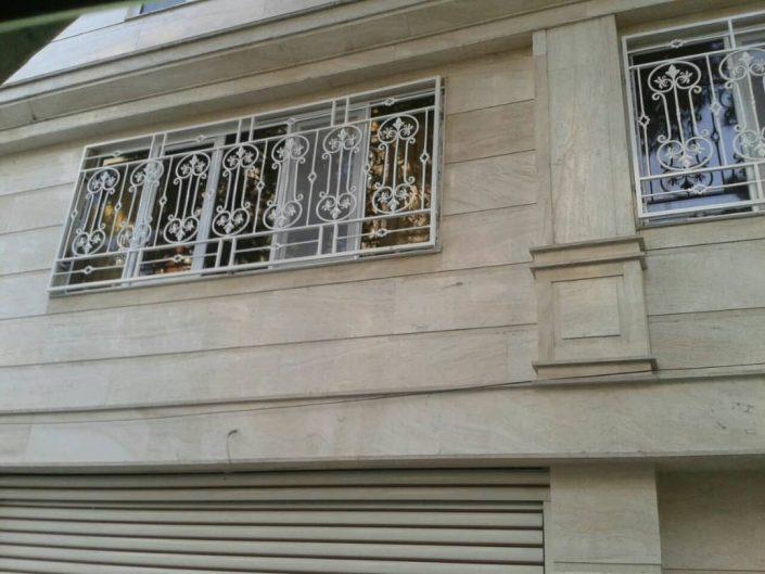 حفاظ در و پنجره
